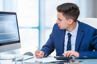 82 percent of employers are looking to hire graduates with business/accounting degrees.